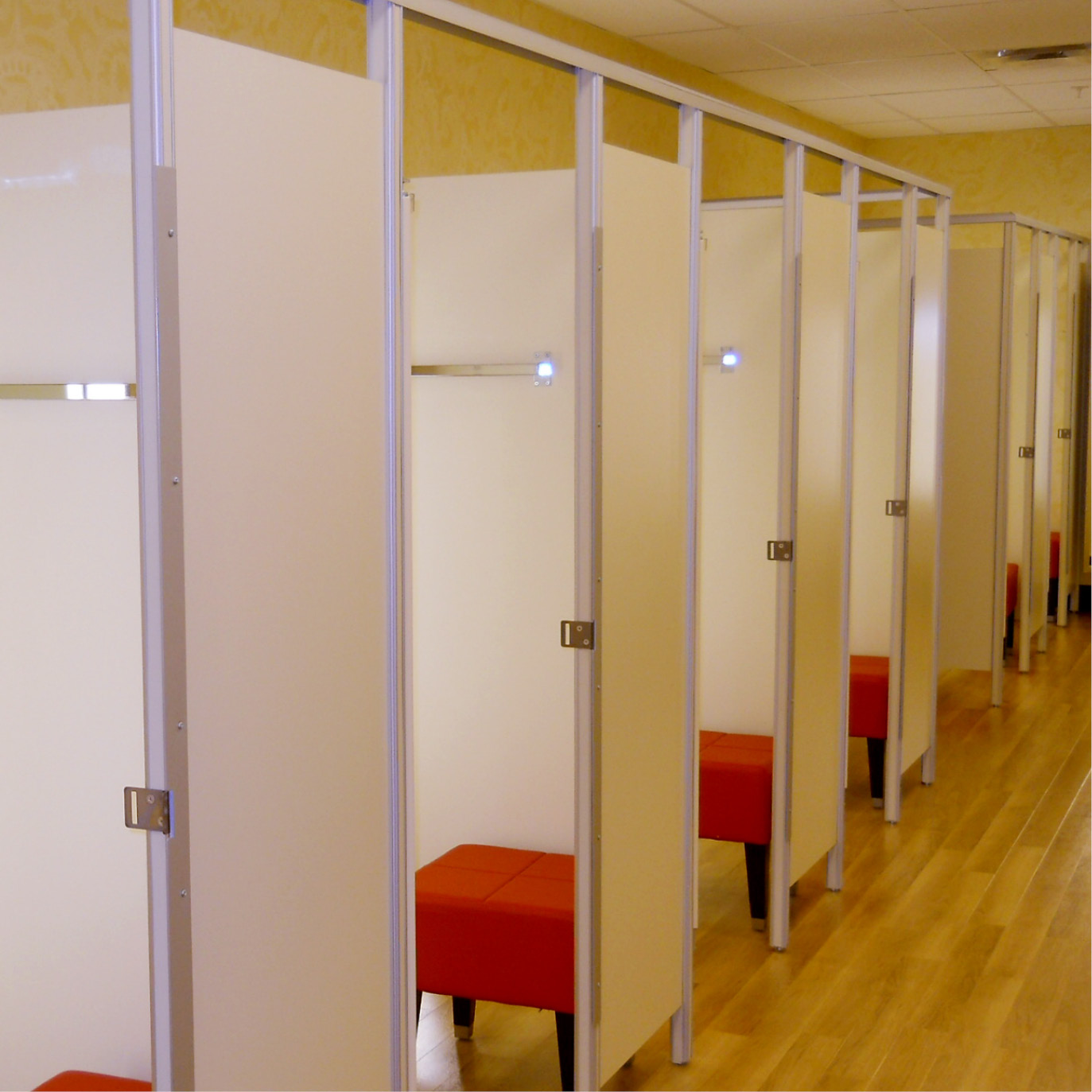 Boutique Fitting Room Designs